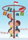 I giochi speciali tradizionali durante la festa dell'indipendenza, bambini dell'Indonesia hanno scalato la noce di betel Stile pi illustrazione di stock