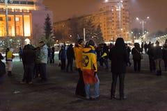 I 14 giorni delle proteste contro il governo in Romania Immagini Stock