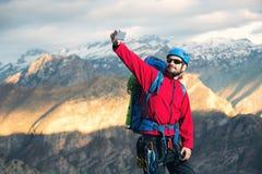 I giovani alpinisti fanno il selfie Fotografia Stock Libera da Diritti