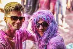 I giovani celebrano il festival di Holi a Nuova Delhi India Immagini Stock Libere da Diritti
