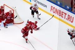I Golovkov 52 fallen unten Stockbilder