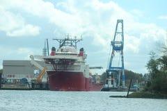 I grandi trasporti via mare spediscono nel porto di Rotterdam, Paesi Bassi Immagine Stock