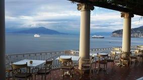 I historiska och omfattande sikter av Amalfien Italien Royaltyfri Bild