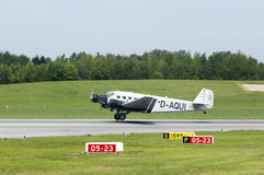 I junker Ju-52 a decollano a Amburgo Fotografia Stock Libera da Diritti