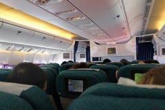 I kabinen av Boeing 777-200 Flyg Antalya - Moskva i Juli 2017 Royaltyfria Foton