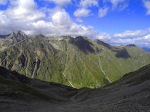 I Kaukasus berg Royaltyfri Foto