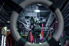 I kulisserna av yrkesmässiga videokameror för video produktion royaltyfri foto