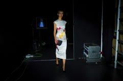 I kulisserna under modeshow i Madrid Royaltyfria Foton