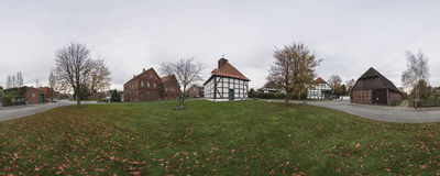 By i lägre Sachsen Arkivfoto