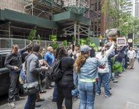 I lavoratori del sindacato protestano contro il gruppo di CIM immagine stock libera da diritti