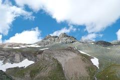 i 3798 metri del Grossglockner NELLE ALPI austriache un il bello giorno di cielo blu in primavera Fotografia Stock Libera da Diritti