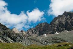 i 3798 metri del Grossglockner NELLE ALPI austriache un il bello giorno di cielo blu in primavera Immagini Stock