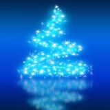I migliori precedenti dell'albero di Natale con la riflessione Fotografia Stock