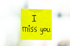 I miss you word on sticky note Royalty Free Stock Photos