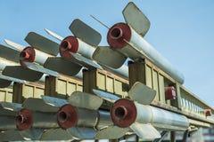 I missili sono diretti verso l'alto, armi di distruzione di massa, difesa del missile fotografia stock libera da diritti