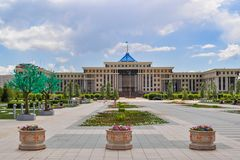 I mitten av Nursultan royaltyfri foto