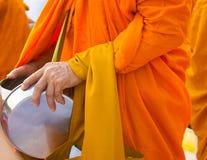 I monaci ricevono gli obiettivi Fotografie Stock Libere da Diritti