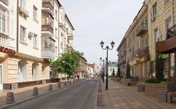 I morgonen på grändSemashko rusar folket till deras busine Royaltyfri Fotografi