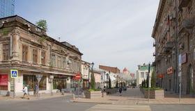 I morgonen på grändSemashko rusar folket till deras busine Royaltyfria Foton