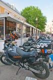 I motocicli si avvicinano al caffè fotografie stock libere da diritti