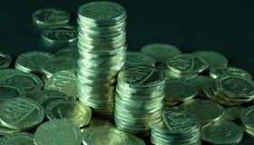 I mucchi di venti monete di penny Fotografie Stock Libere da Diritti