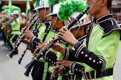 I musicisti di banda giocano il clarinetto durante la mostra annuale del brass band Fotografia Stock