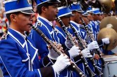 I musicisti di banda giocano il clarinetto durante la mostra annuale del brass band Immagine Stock Libera da Diritti