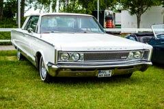 I naturlig storlek bil Chrysler nya Yorker, 1966 Arkivbilder