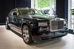 I naturlig storlek lyxig bil Rolls Royce Phantom Series II (efter 2012) Royaltyfri Bild