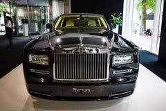 I naturlig storlek lyxig bil Rolls Royce Phantom Series II (efter 2012) Royaltyfri Foto