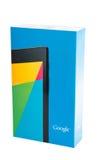 I nessi di Google 7 v2 vendono al dettaglio la scatola su fondo bianco Fotografie Stock