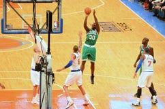 I New York Knicks contro i Boston Celtics Fotografia Stock Libera da Diritti