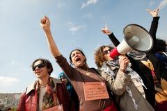 I Palestinesi marciano il giorno delle donne internazionali Fotografie Stock Libere da Diritti