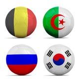 I palloni da calcio con il gruppo H teams le bandiere, calcio Brasile 2014. Fotografia Stock Libera da Diritti