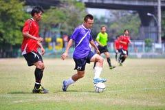 I palloni da calcio stanno danneggiando da socker in Tailandia Fotografia Stock Libera da Diritti