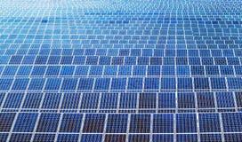 I pannelli di potere a energia solare sistemano fotografia stock libera da diritti