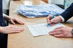 I partiti hanno firmato il documento Immagini Stock