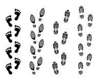 I passi isolano su fondo bianco Illustrazioni di vettore di simboli di orma messe royalty illustrazione gratis