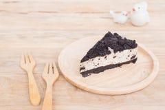I pezzi di torta di formaggio della crema e del biscotto Fotografia Stock Libera da Diritti