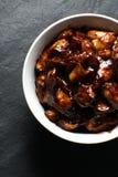 I pezzi finiti di petto di pollo in teriyaki sauce la vista superiore Cucina asiatica Fotografia Stock Libera da Diritti