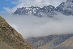 I picchi nevosi del Caucaso Immagine Stock