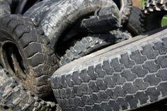 I pneumatici di aria compressa riciclano l'industria di ecologia Fotografie Stock