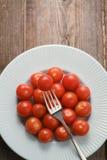 I pomodori ciliegia Immagini Stock Libere da Diritti