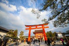 I portoni di Torii in Fushimi Inari shrine, Kyoto, Giappone Immagine Stock Libera da Diritti