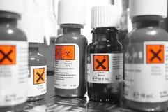 I prodotti chimici imbottiglia A fotografia stock libera da diritti