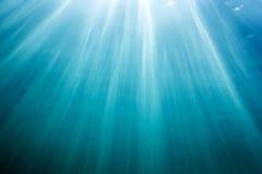 I raggi del sole subacquei Fotografia Stock Libera da Diritti