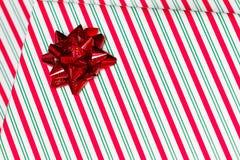 I regali si chiudono sull'angolo immagini stock libere da diritti