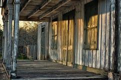 Vecchio grande magazzino abbandonato fotografia stock libera da diritti
