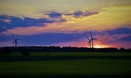 I secondi prima di un tramonto recente della molla in Sprotbough sistema, South Yorkshire fotografia stock