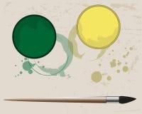 I segni sulla carta dalla pittura verde e gialla Fotografia Stock Libera da Diritti